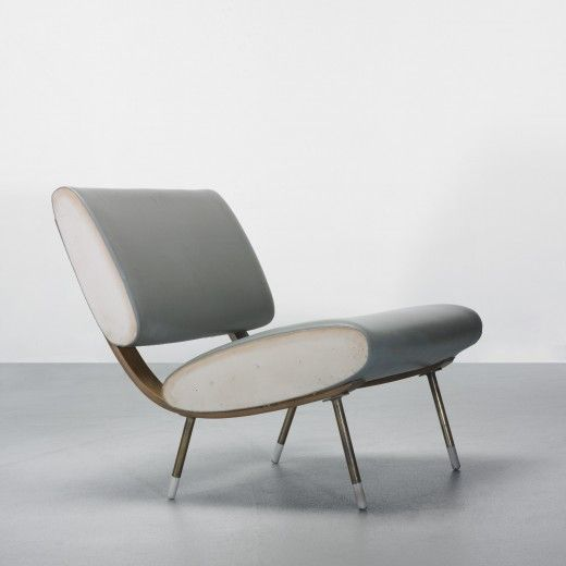 Gio Ponti; Oak Plywood, Brass and Plastic Lounge Chair for Villa Arreaza, 1954.