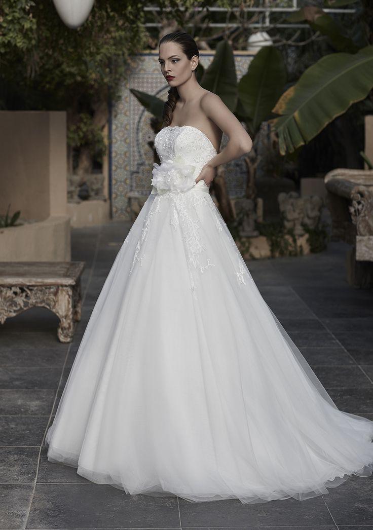 Mysecret Sposa Collezione Zaffiro Cod. 17122  #mysecretsposa #sposa #collezionesposa #abitidasposa #wedding #weddingdress #bride #abitobianco