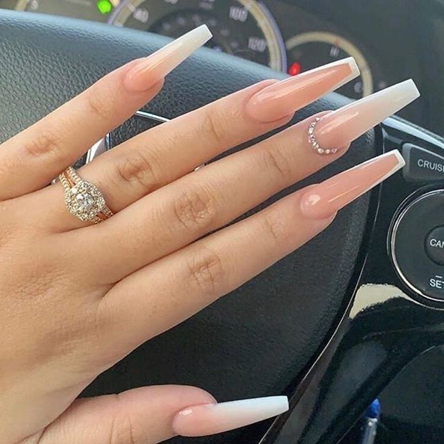 Pin By Phoenix Highsmith On Nails In 2020 Ombre Acrylic Nails Pretty Acrylic Nails Long Nails