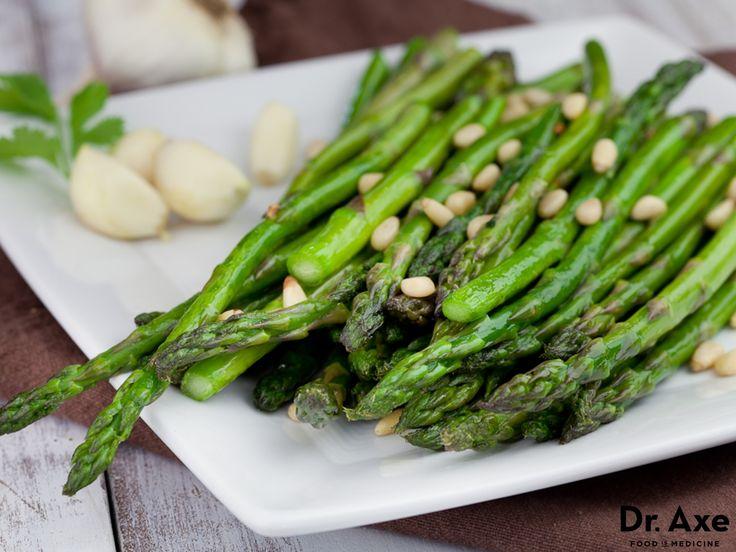 Garlic Asparagus Recipe      3 tbsp coconut oil     1 bunch asparagus     5 cloves garlic, chopped