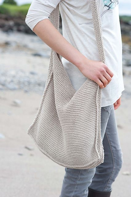 Ravelry: Highmoor Bag pattern by Pam Allen