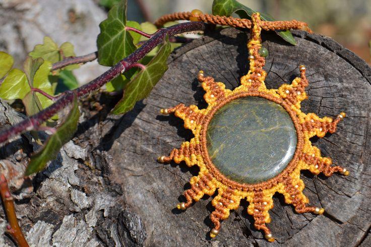 necklace macrame sunshine jade