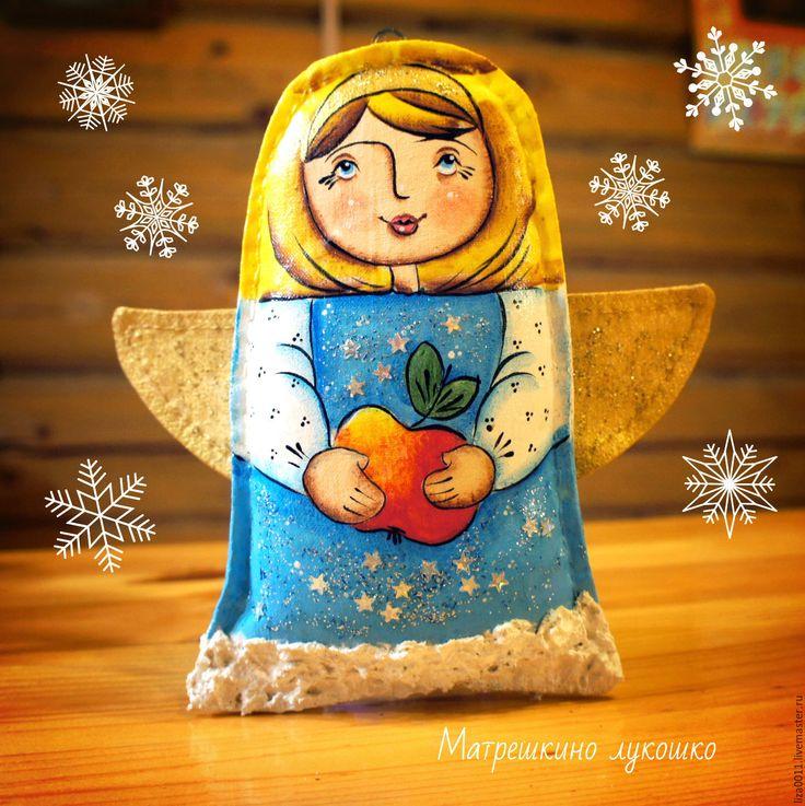 Купить Ангел я яблоком. Елочные игрушки - голубой, ангел, ангелоче, рождественский ангел, рождественский подарок
