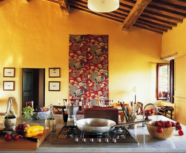 Gelbe Küchen Wandfarbe Und Akzent An Der Wand