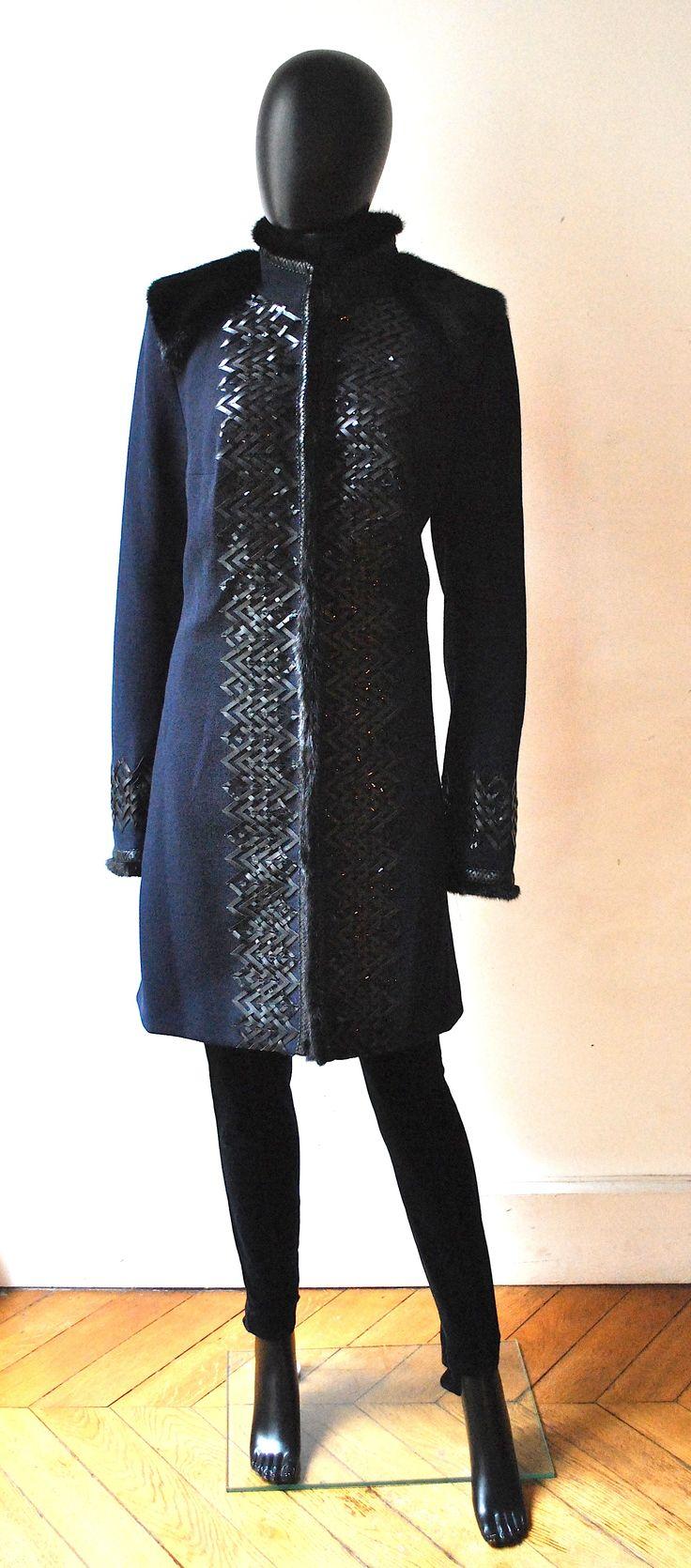 Andrew+GN+manteau+bleu+nuit+en+laine,+orné+de+cuir+et+de+vison+superbe