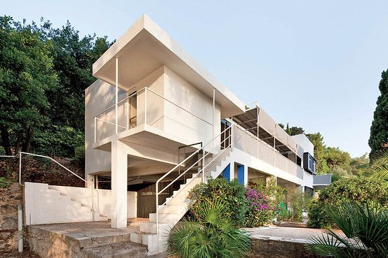 WHITE HOUSE | The restoration of Eileen Gray's E.1027, photographed above in 2010, began over...