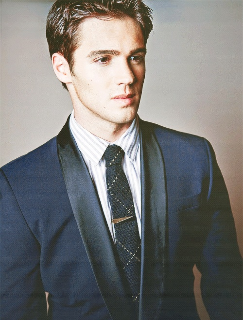 Steven McQueen (Jeremy from TVD)
