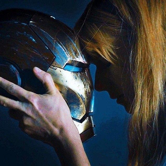 Virginia Pepper Potts (Gwyneth Paltrow) - Iron Man 3