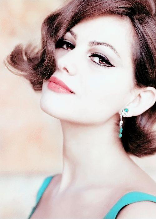 Claudia Cardinale fotografiada por Chiara Samugheo, 1964