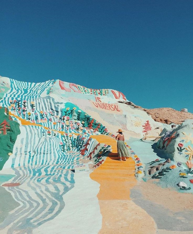 Salvation Mountain. A little bit of colour can be found when travelling through the Mojave desert. | JustMelKate |