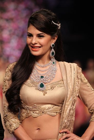 Jacqueline Fernandes wearing #BridalJewellery designed by PC jewellers at IIJW 2013