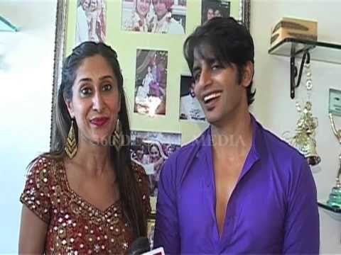 Teejay Sidhu Like Modern version of Ganesh Aarti of Movie ABCD -Ganesh Chaturthi 2013 - YouTube