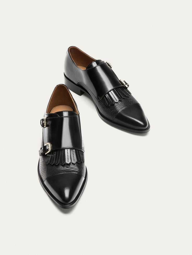 Autumn Winter 2017 Women´s BLACK LEATHER DOUBLE BUCKLE SHOES at Massimo Dutti for 129. Effortless elegance!