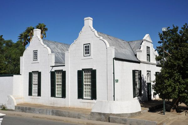 Old Residency Museum, early 19th C. Cape Dutch house, Parsonable ...