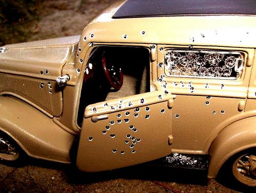 Bonnie and Clyde 1934 Ford Fordor Deluxe Sedan 'The Death Car' 167 Bullets