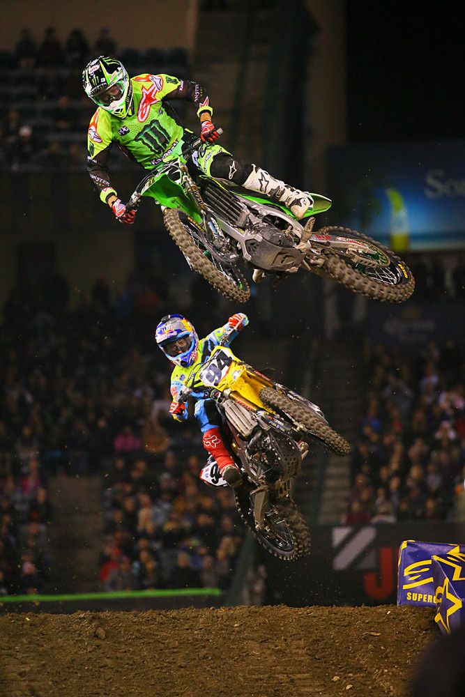 Ken Roczen and Eli Tomac started ninth and tenth, respectively, but were working their way towards the front of the pack.