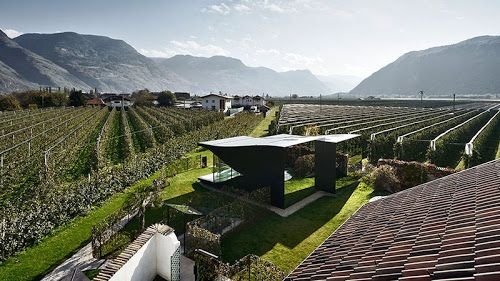 Contemporary architecture Country Mirror Houses is a pair of holiday home designed by architect Peter Pichler. It's surrounded by a spectacular panoramic views in Bolzano, Italy. ---(House view photo #5)