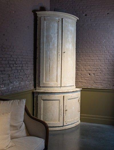 Authentieke afgeronde hoekkast - Authentic round corner cabinet - #WoonTheater