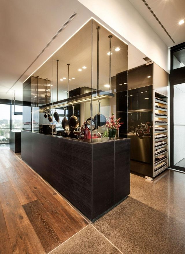 wohnzimmer boden dunkel:JAM-Küche dunkel-Holz Boden-Parkett hochwertige Einrichtung-Penthouse