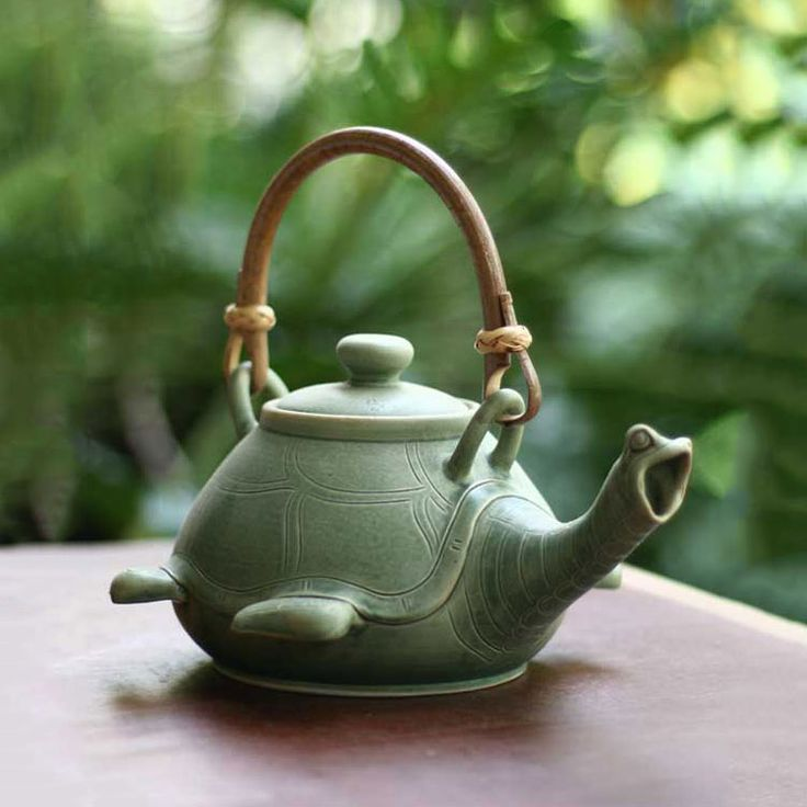 Turtle Teapot - The Green Head