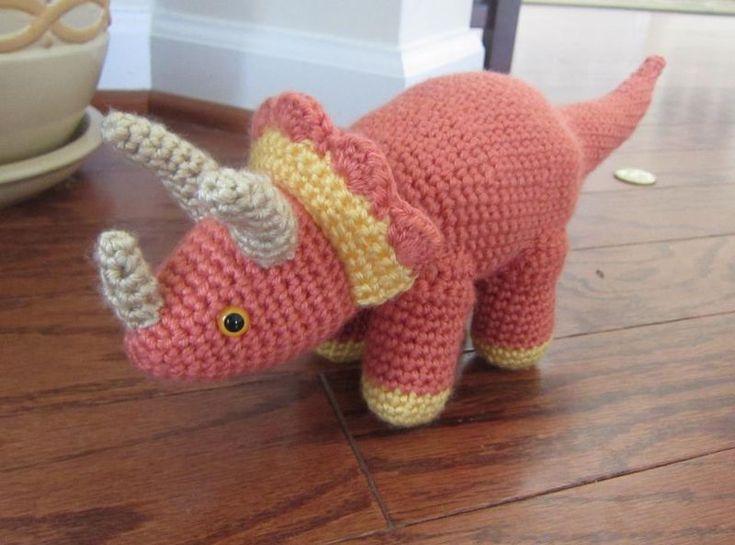 Crochet Dinosaur knitting and crochet how to! Pinterest