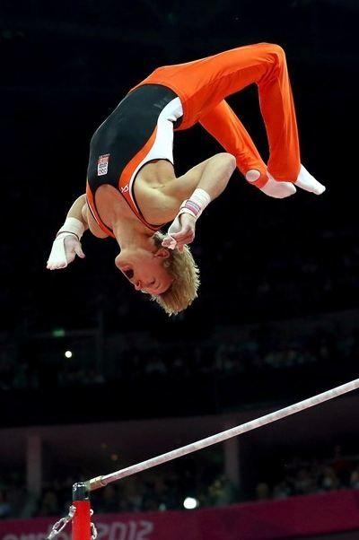 Epke Zonderland, eerste Nederlandse Olympisch Kampioen in het turnen. Hij won goud op het onderdeel rekstok op de Olympische Spelen 2012 in Londen.