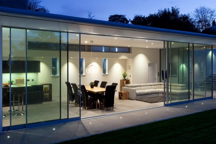 Fineline Design : Fineline love the overhanging finish and sliding doors