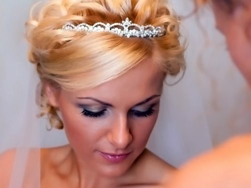 тренды 2014 года в свадебных прическах на коротких волосах