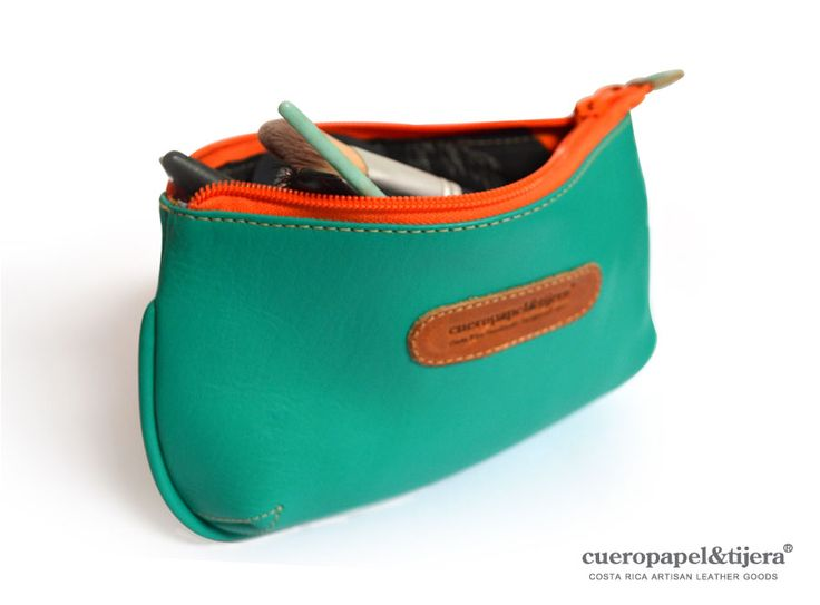 Put a little color inside your bag: cosmetic bag by Cueropapel&tijera