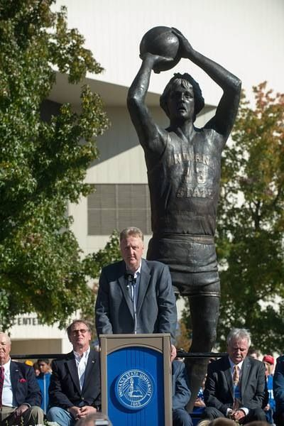 Larry Bird at dedication of statue in his honor at Indiana State University
