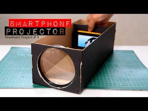 Are you watching movies and other video on a small smartphone screen? Something you can do to see some improvement is make a DIY smartphone projector. Homemade Projector, Ecran Projection, Projection Mapping, Movie Projector, Diy Phone Projector, Projector Stand, Projector Ideas, Overhead Projector, Cool Ideas