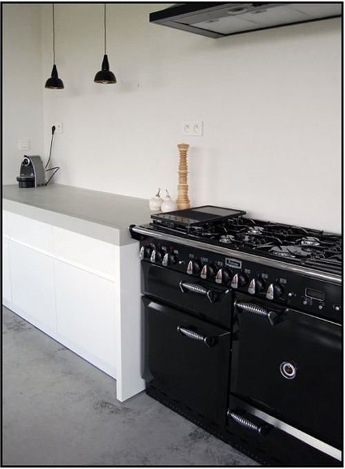 ... black ovens vintage stoves big black kitchenware house design future