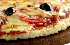 Mais uma receita com inhame e sem glúten!Desta feita, é a pizza de inhame.Uma pizza saborosa e de preparo muito simples.