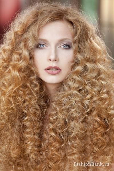 hair styles for white hair 1000 images about amazing ringlets on spiral 9841