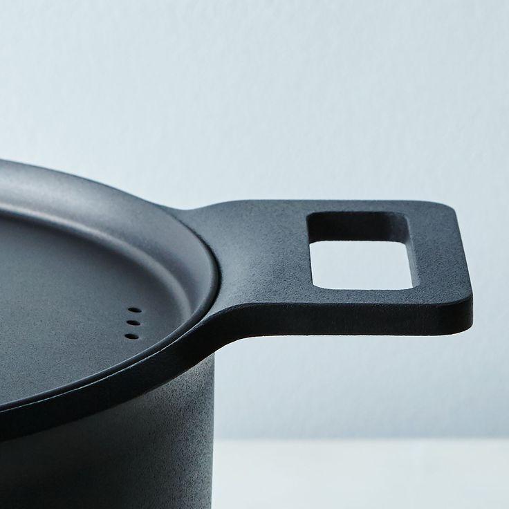 Cooking pot, metal, black, matte