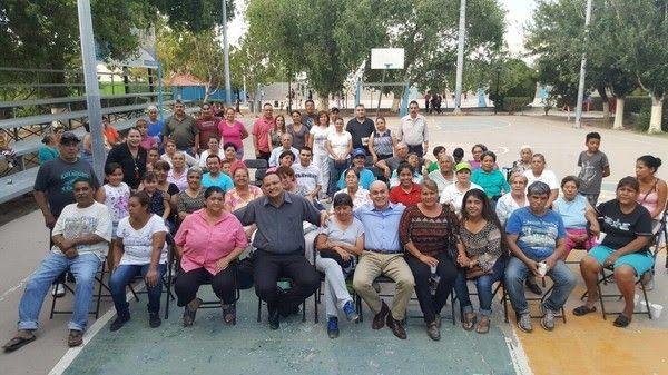 <p>Chihuahua, Chih.- El Gobierno Municipal a través de la Dirección de Desarrollo Humano y Educación, estuvo presente en el deportivo