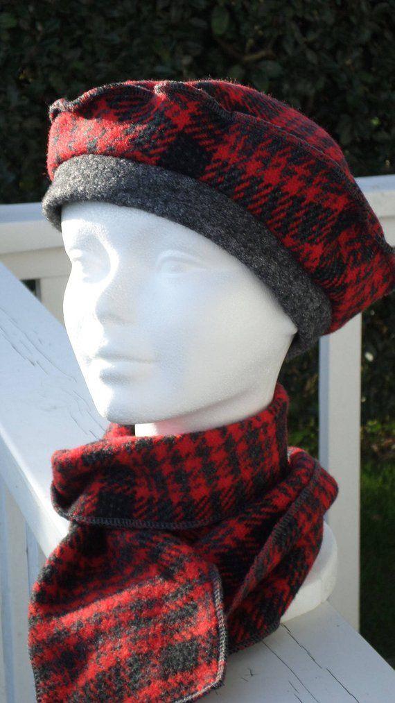ensemble femme Bonnet chapeau béret écharpe  femme  confortable unique   hiver  laine rouge et gris collection automne hiver créateur lineva 525962e6bea