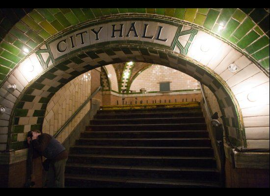 """""""If you ride the 6 train to the end of the line and get off at the Brooklyn Bridge stop, you're missing out on something incredible. As the train loops around to go back uptown, it passes through an abandoned and beautifully preserved City Hall station from 1904"""" ~ abandoned station/loop New York"""