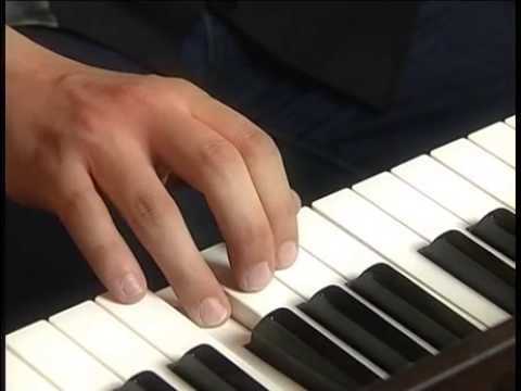 Škola hry na klavír - 3 díl procvičování hraní stupnic