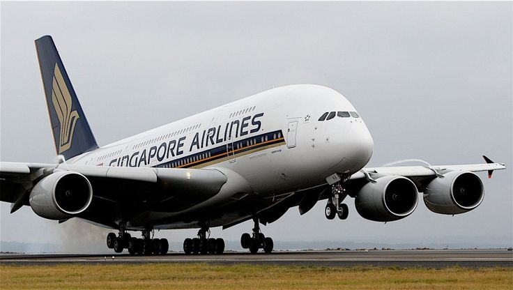 Singapore airlines, 3rd best airlines in the world and the first to use the A380.