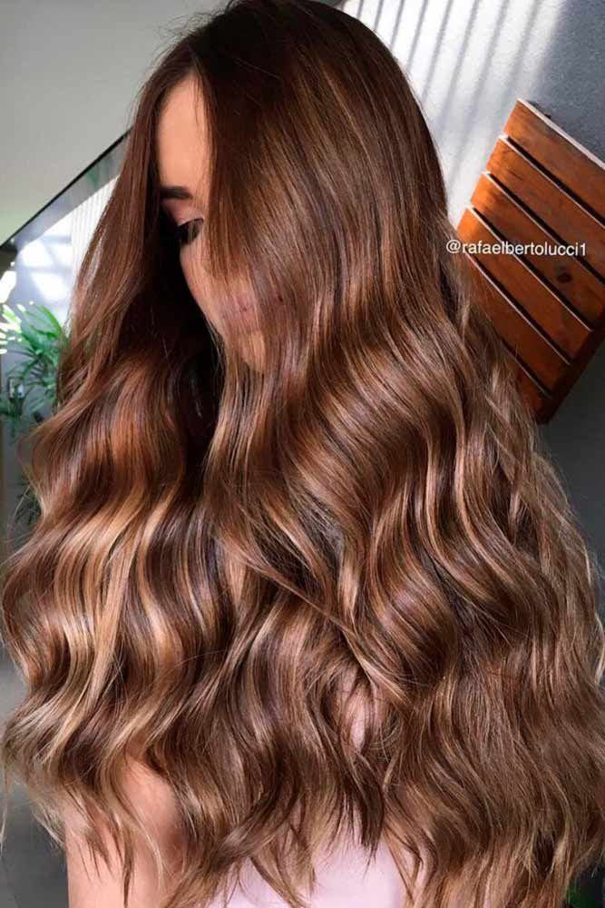 Brunette hair often gets a bad rap. However, there are so many sexy and sassy shades of brown to choose from. Check out our favorite shades of brunette.