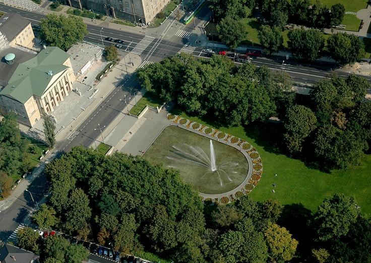 Poznan Poland, Teatr Wielki i Park im.A. Mickiewicza [fot.Marek Kaczmarczyk]