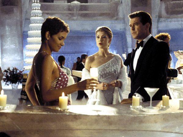 Brioni e il Barbican Centre per i 50 anni di stile di Bond, James Bond!