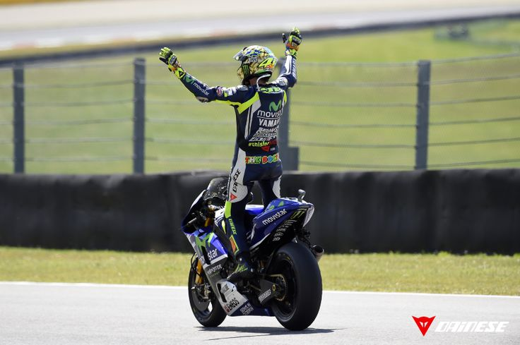 Valentino Rossi in his special suit for Marco Simoncelli