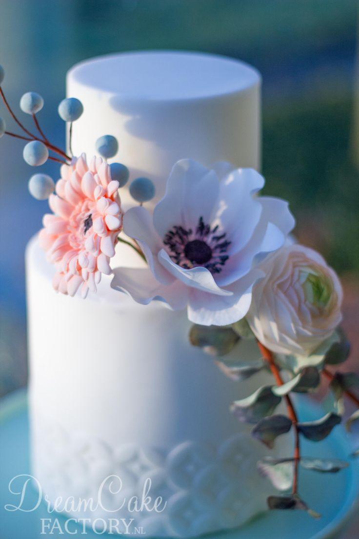 DreamCakeFactory | GASTWORKSHOP – Boeket ranonkel, anemoon, gerbera