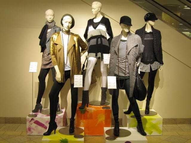 Nordstrom, Interior mannequins, Anniversary Sale outpost, Hue leggings.