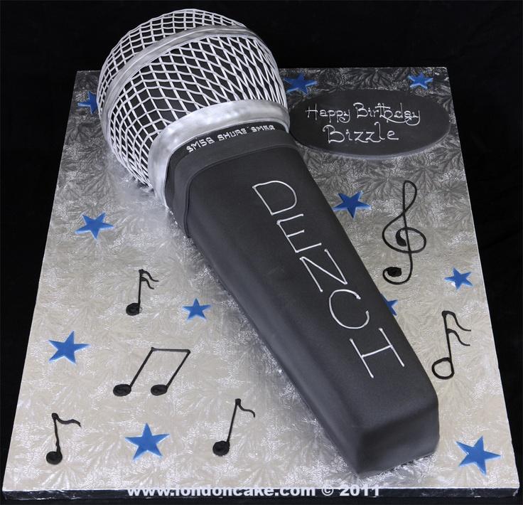 004017 Microphone Birthday Cake For Bizzle Jpg 1 036 215 1 000