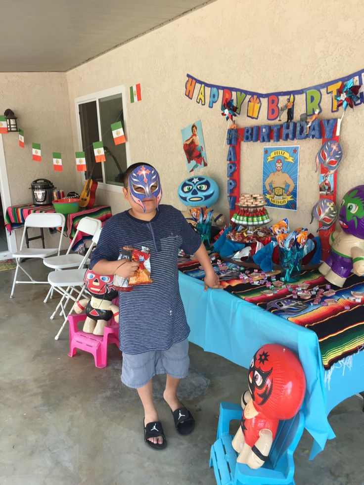 The inflatable luchadores (seen on table and chair) can be ordered on amazon. https://www.amazon.com/Inflatable-Wrestlers-Birthday-Wrestling-Inflates/dp/B00K6XL0NW
