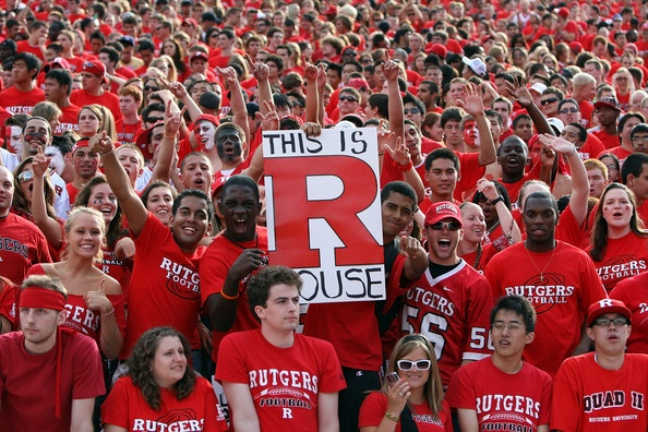 Scarlet Knights cheering on their team! Go #Rutgers!