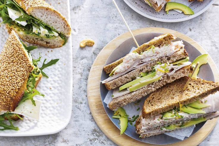 Clubsandwich kip-krab-avocado - Recept - Allerhande